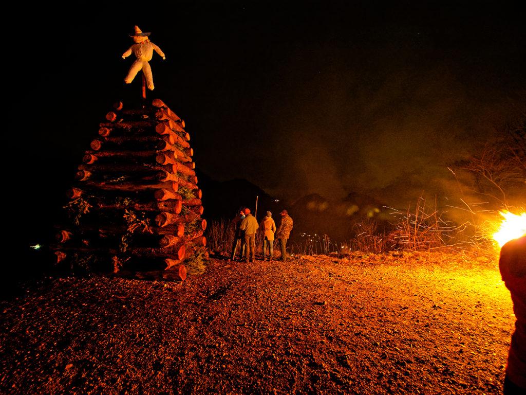 Fasnachtsfeuer, das am 1. August nicht brennen durfte, recycled